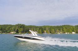 2019 - Crownline Boats - E 285