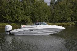2019 - Crownline Boats - E 235 XS