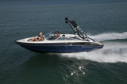 2020 - Crownline Boats - 225 SS
