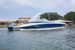 2020 - Crownline Boats - 270 XSS
