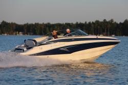 2020 - Crownline Boats - E 235