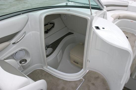 l_Crownline_Boats_252_EX_2007_AI-242059_II-11348277