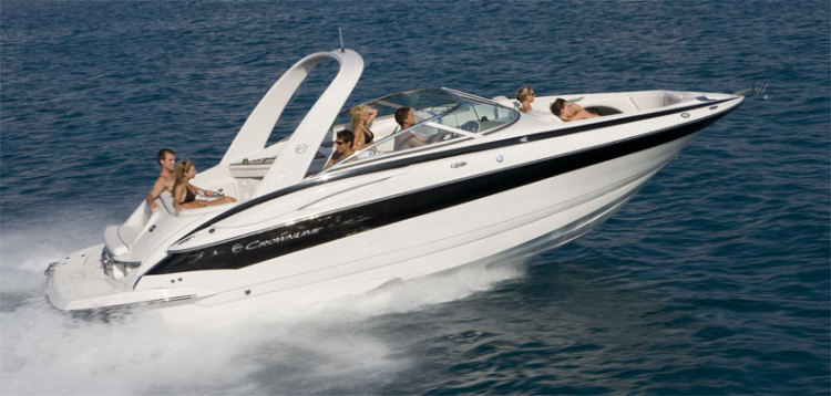 com_models_bowriders_300ls_main_boat