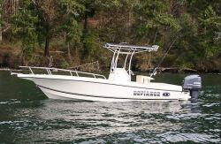 2017 - Defiance Boats - Commander 220 EX