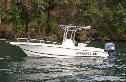 2018 - Defiance Boats - Commander 220 EX