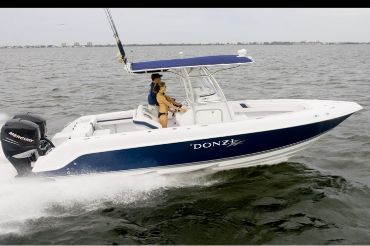 Research 2009 - Donzi Marine - 26 ZF on iboats com