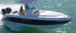 Donzi Marine 29 ZFC Center Console Boat