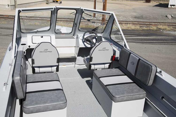 l_advantage_outboard_bench-seats1