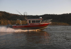 2013 - Duckworth Boats - 28- Offshore