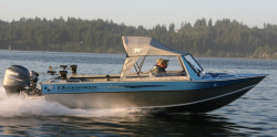 2015 - Duckworth Boats - Pacific Navigator 215