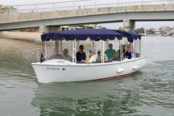2017 - Duffy Electric Boats - 18 Snug Harbor