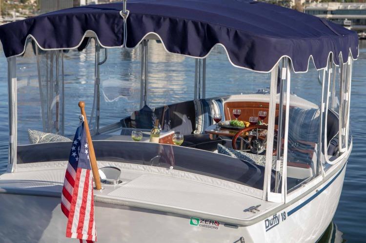 l_duffy-electric-boats-18-snug-harbor-exterior-5