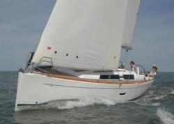 2013 - Dufour Yachts - 335