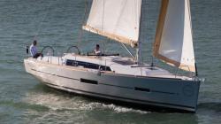 2017 - Dufour Yachts - 382