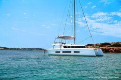 2020 - Dufour Yachts - Catamarans 48