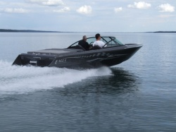 2018 - Eagle Performance Boats - Sabre E6