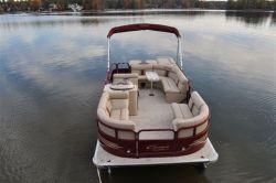 2013 - Encore Bentley Boats - 220 Cruise