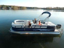 2013 - Encore Bentley Boats - 220 Elite
