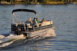 2014 - Encore Boat Builders - 240 Cruise