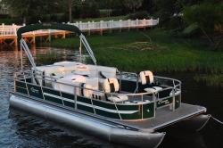 2014 - Encore Bentley Boats - 220 Fish