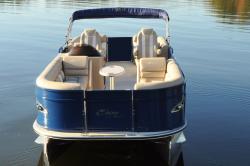 2018 - Encore Bentley Boats - 250 Elite