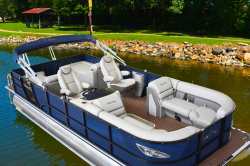 2020 - Encore Boat Builders - 250 Elite Rear Lounger