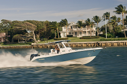 2014 - Everglades Boats - 295CC