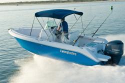 2013 - Everglades Boats - 210CC