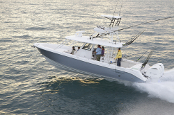 2014 - Everglades Boats - 355CCX