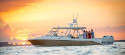 2017 - Everglades Boats - 360LXC