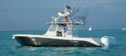 2017 - Everglades Boats - 355T