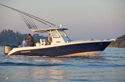 2018 - Everglades Boats - 295CC