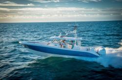2018 - Everglades Boats - 435 CC