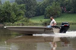 2012 - Excel Boats - 1651VDB