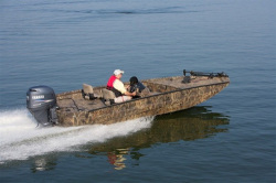 2012 - Excel Boats - 1860VSC Viper Stalker