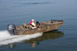 2012 - Excel Boats - 1860VCC Viper Stalker