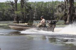 2015 - Excel Boats - 1860V86 Twin Gun Box
