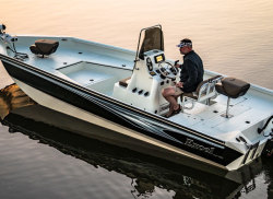 2020 - Excel Boats - Bay Pro 230