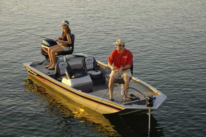 l_Fisher_Boats_1600_2007_AI-255308_II-11559719
