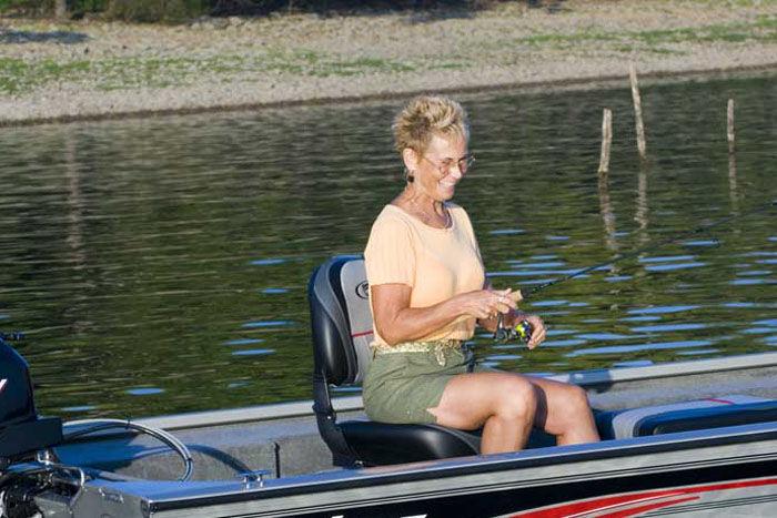 l_Fisher_Boats_1610_SS_2007_AI-255322_II-11559960