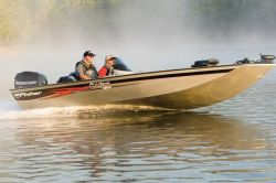 Fisher Boats Pro Hawk 180 Multi-Species Fishing Boat