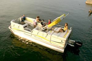 l_Fisher_Boats_-_Freedom_220_DLX_2007_AI-255466_II-11562933