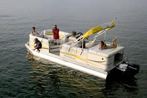 l_Fisher_Boats_-_Freedom_220_DLX_2007_AI-255466_II-11562937