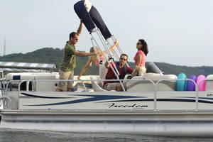 l_Fisher_Boats_-_Freedom_240_DLX_2007_AI-255482_II-11563433
