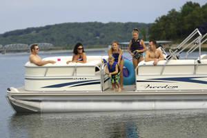 l_Fisher_Boats_-_Freedom_240_DLX_2007_AI-255482_II-11563437