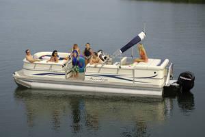 l_Fisher_Boats_-_Freedom_240_DLX_2007_AI-255482_II-11563459