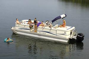 l_Fisher_Boats_-_Freedom_240_DLX_2007_AI-255482_II-11563461