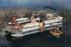 Fisher Boats Liberty 240 Pontoon Boat