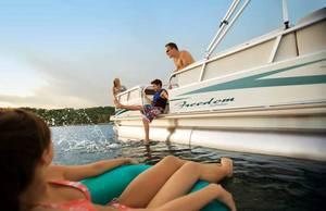 l_Fisher_Boats_Freedom_221_DLX_2007_AI-255472_II-11563148