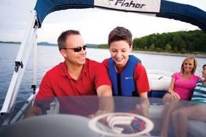 l_Fisher_Boats_Freedom_221_DLX_2007_AI-255472_II-11563156